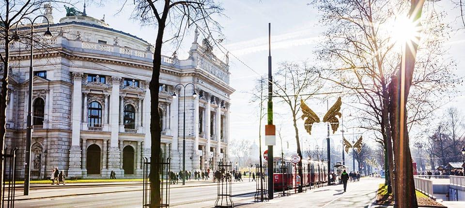 Wienerringen med byens pragtbygninger.