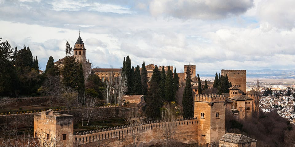 Paladset Alhambra er en imponerende oplevelse.