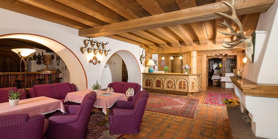 Receptionen på Hotel Jakobwirt - Westendorf Tyrol i fuldt flor
