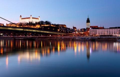 Bratislava - Julemarkedskrydstogt på Donau