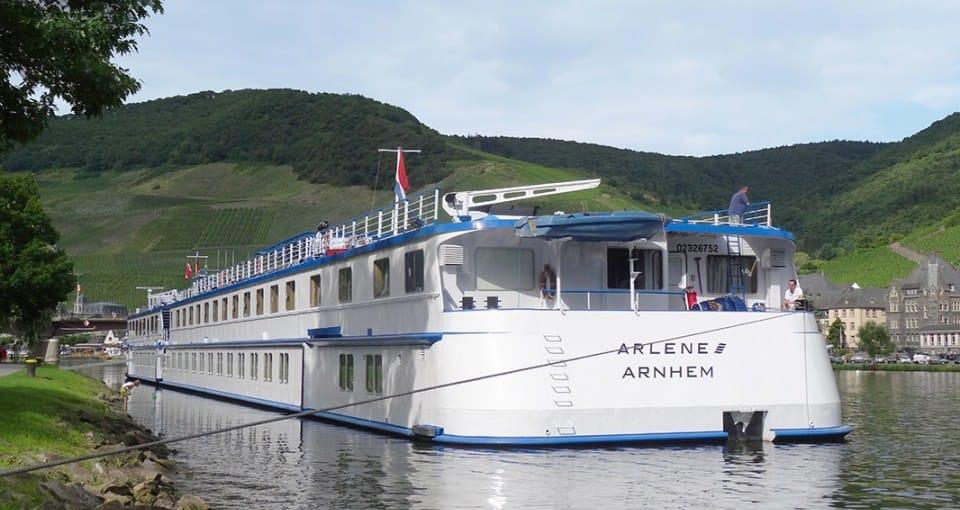 Vores dejlige skib, MS Arlene, der skal sejle os rundt på Den Romantiske Rhin.