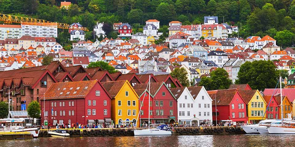 Bryggen i Bergen med sine flotte gamle huse.