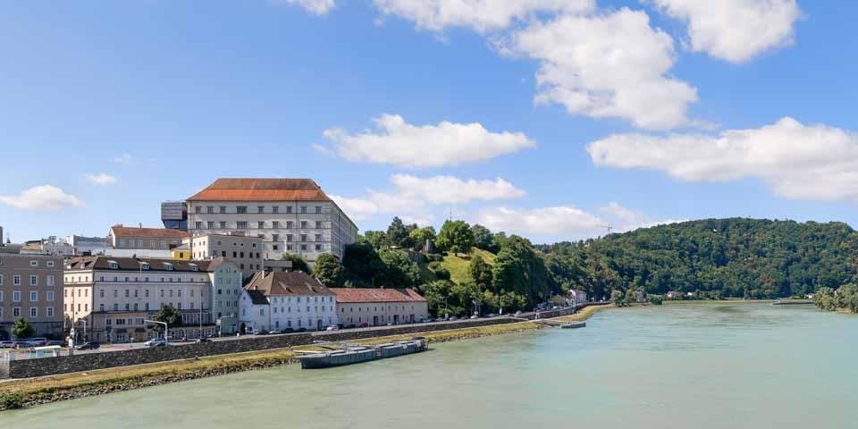 Linz ligger smukt ud til Donau.
