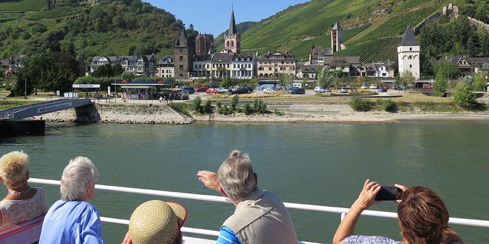 Vi sejler det sidste stykke til Assmannshausen.