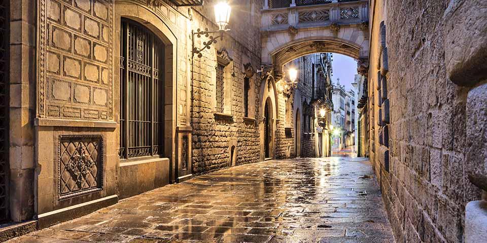 Det Gotiske Kvarter oser af atmosfære.