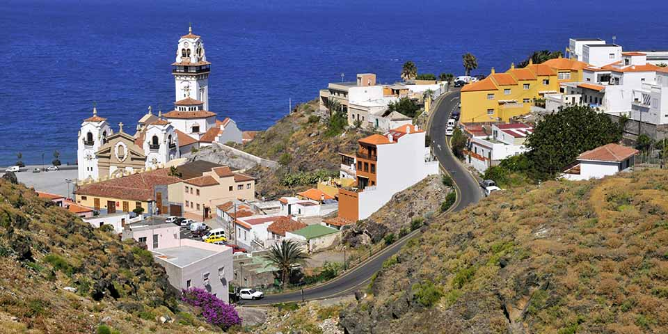 Vi besøger øens vigtigste helligdom; Basilica de Candelaria.