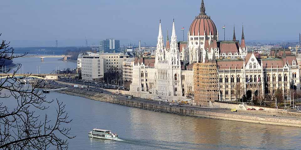 Oplev Budapest fra vandet.
