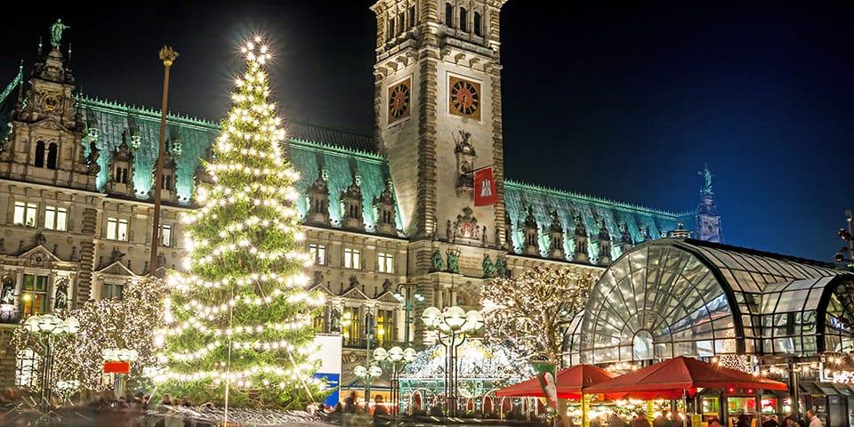 Julemarked på Rådhuspladsen i Hamborg
