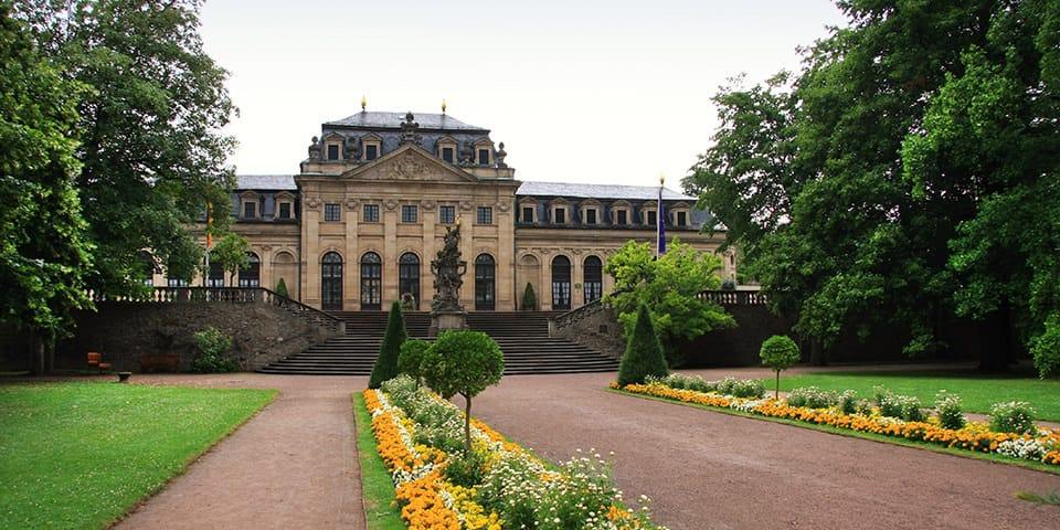Slotsparken i Barokbyen Fulda.
