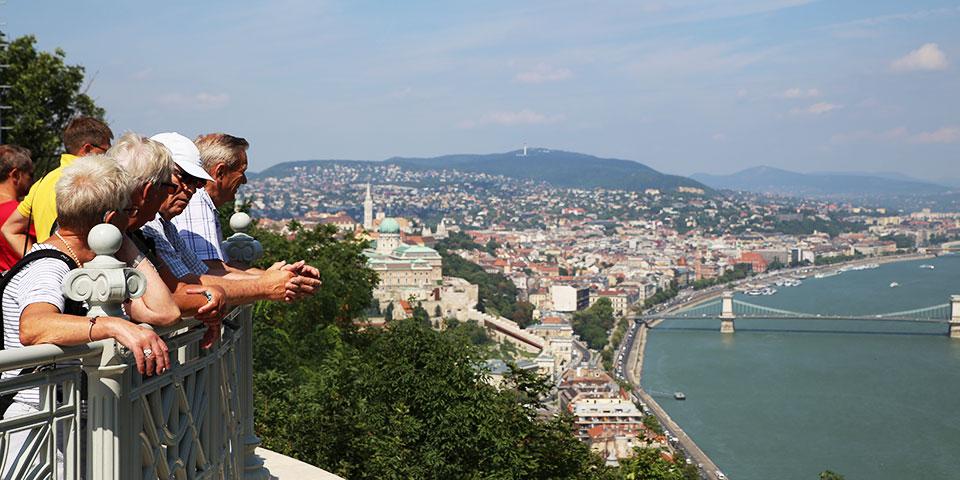Udsigten fra Borghøjen over Donau er betagende.