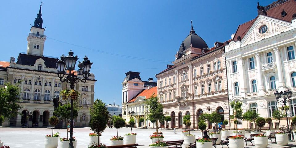 Charmerende Novi Sad i Serbien.