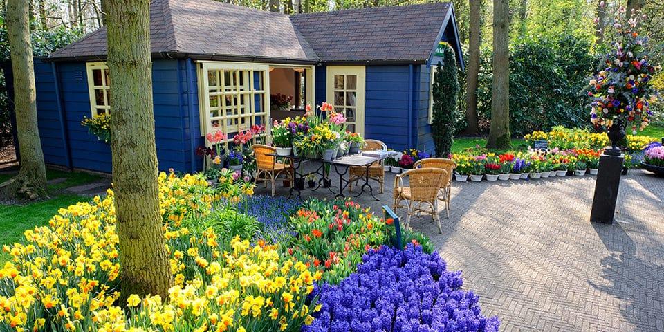 I blomsterparken Keukenhof er der flere yndige butikker.
