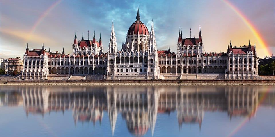 Parlamentet i Budapest - Donau All Inclusive