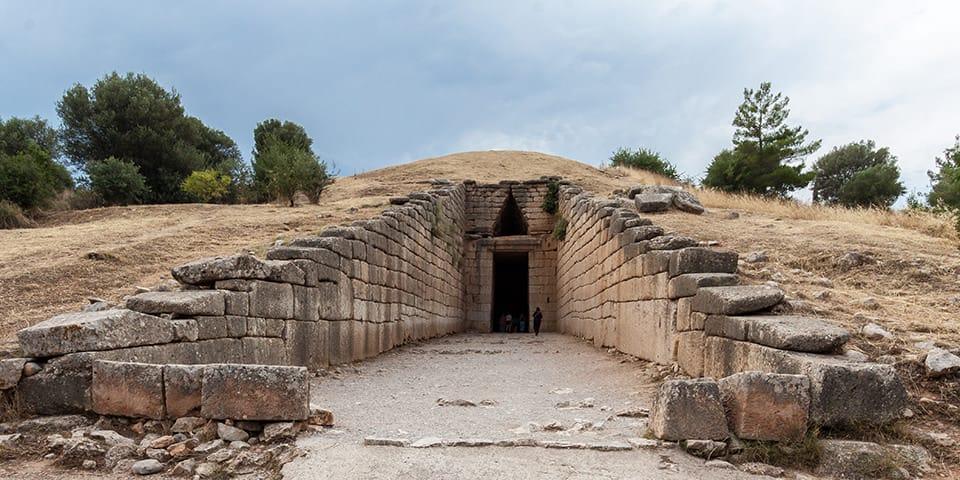 En af de imponerende kuppelgrave i Mykene.