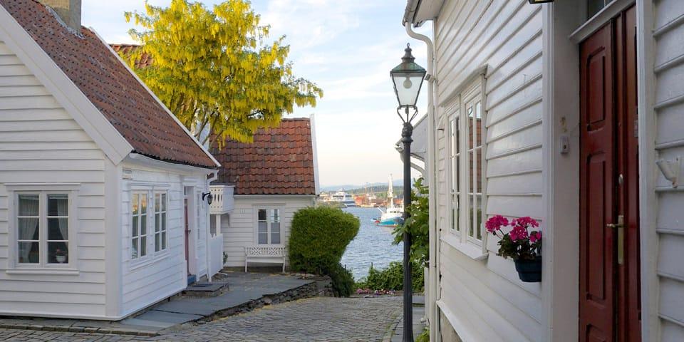 På eventyr i Stavangers gamle bydel.