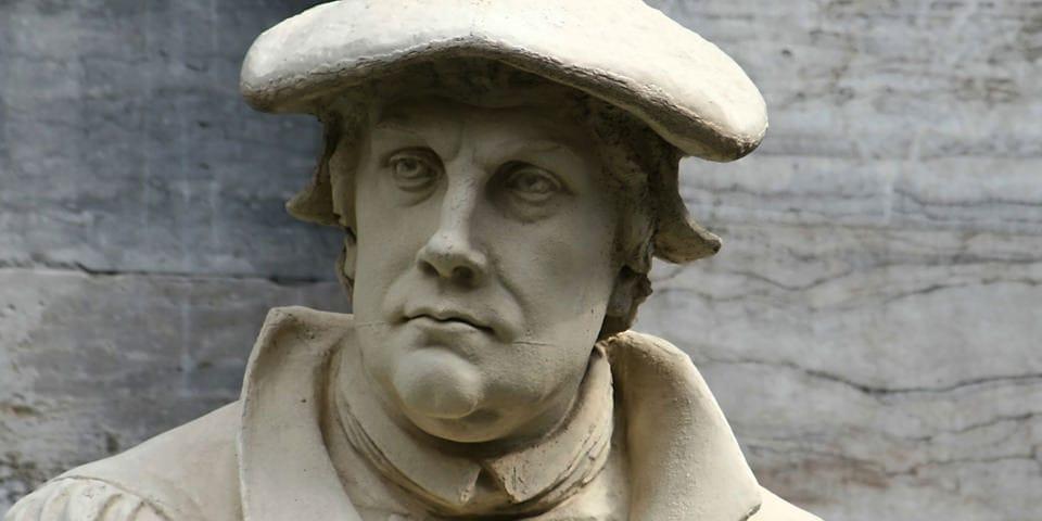 Statue af Luther i Wittenberg.