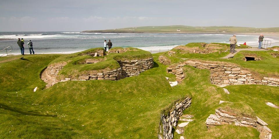 Den 5.000 år gamle stenalderlandsby Skara Brae.