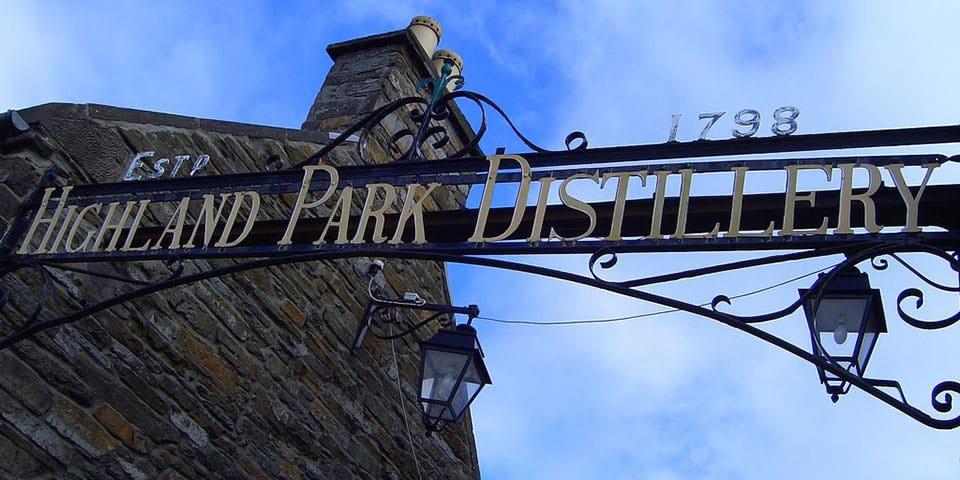 Vi smager whisky på Highland Park Whisky Destillery.