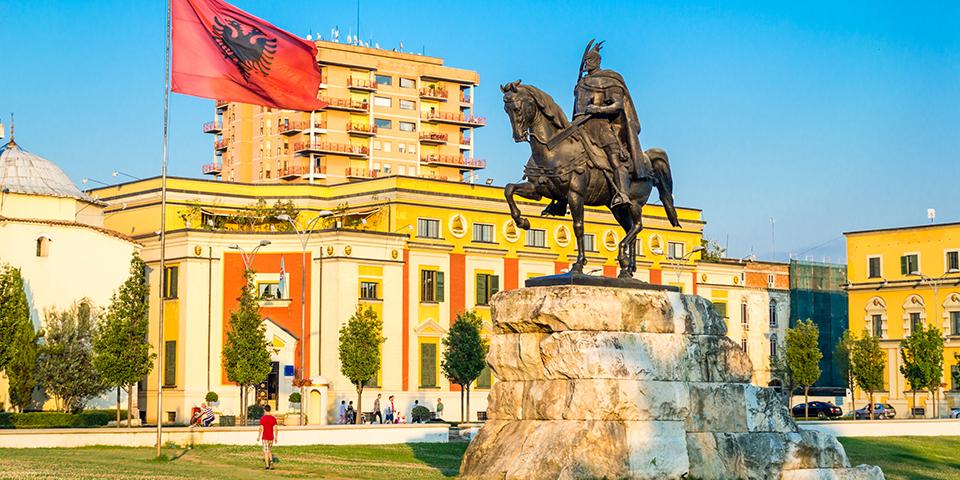 Skenderbergpladsen i Tirana.