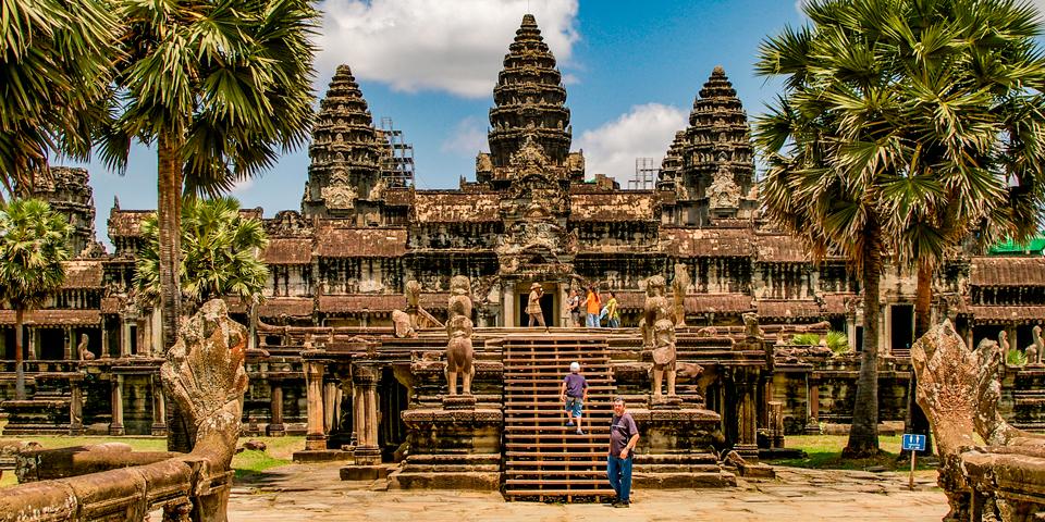 Besøg i det utrolige Angkor Wat.