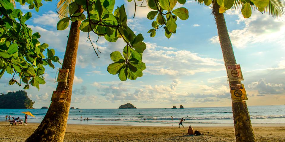 På stranden i Manuel Antonio.