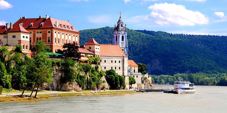 Den smukke Wachaudal med Durnstein.
