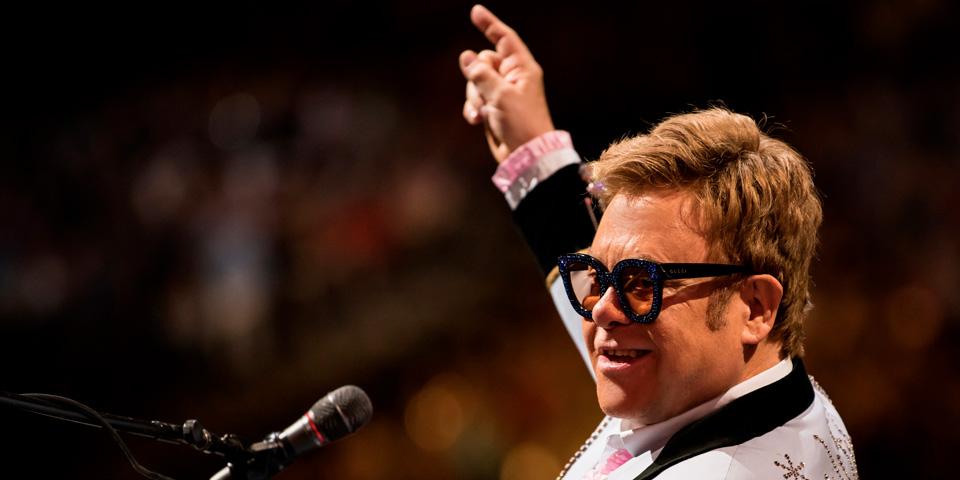 Elton John i fuldt vigør.