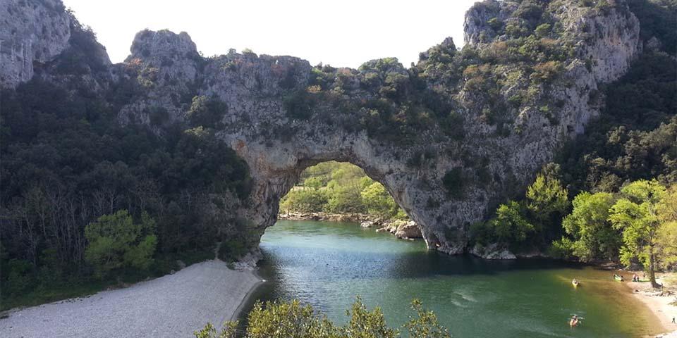 Naturbro Pont d'Arc over Ardéche.