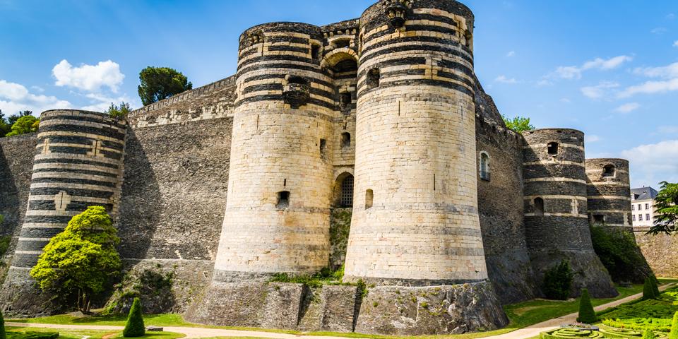 Chateau d'Angers med de peberbøsseformede tårne.