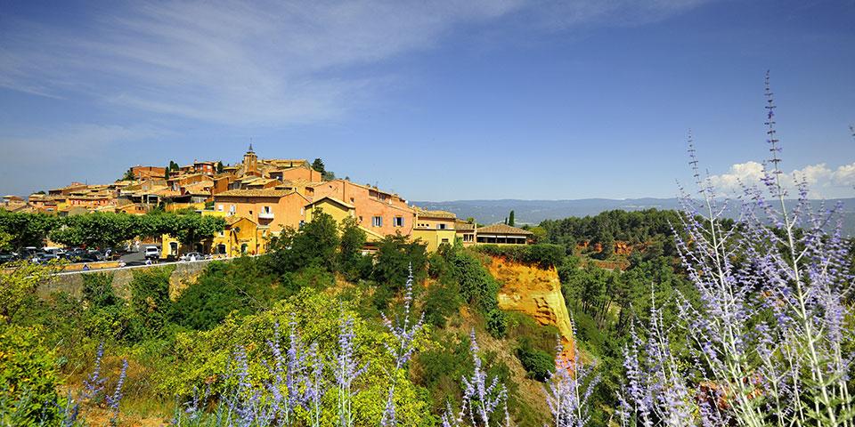 Den okkerfarvede landsby Roussillon.