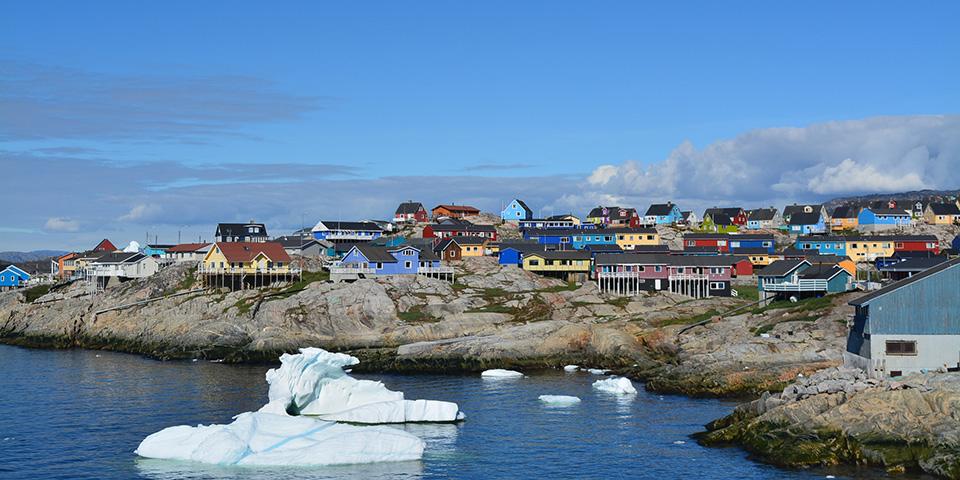 Ilulissat er med sine 5.000 indbyggere Grønlands tredjestørste by.