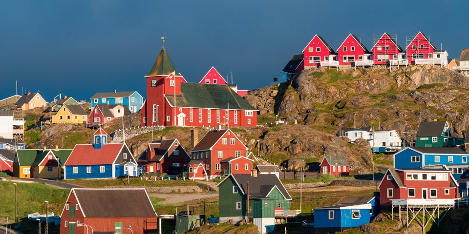 Sisimiut, der er Grønlands andenstørste by.