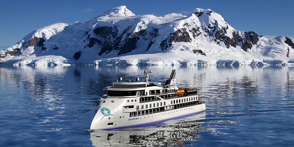 Ekspeditionsskibet Greg Mortimer.