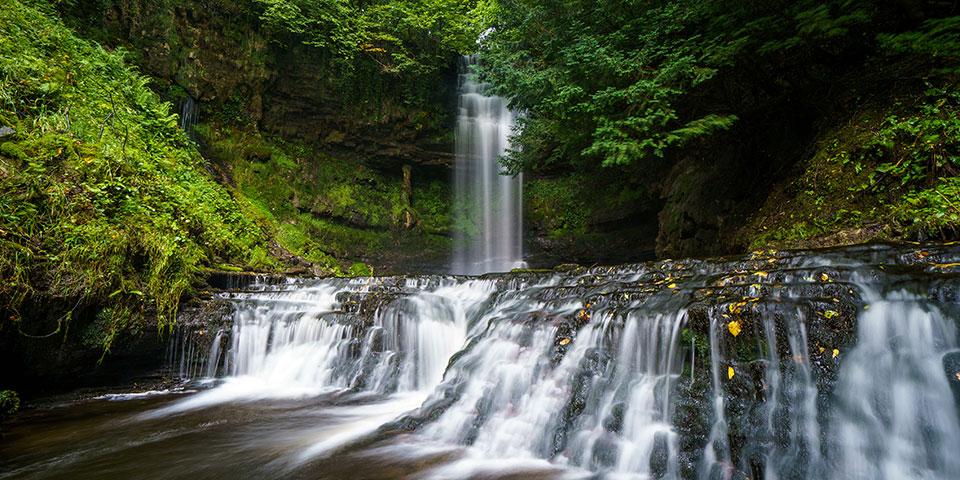 Det romantiske vandfald Glencar, hvor Yeats fandt inspiration.