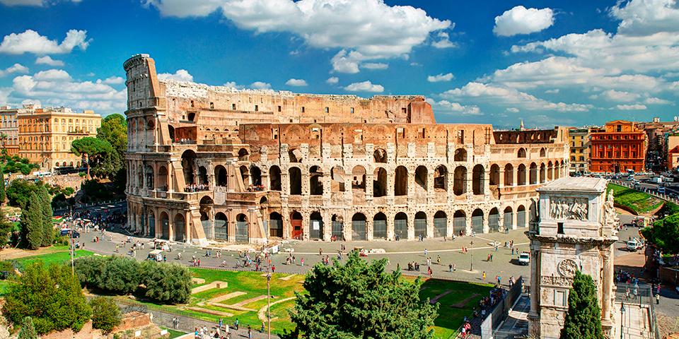 Ingen byrundtur i Rom uden et besøg ved Collosseum.