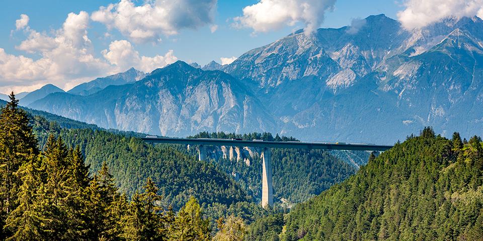 Det er altid flot at køre over Europabroen ved Brenner.