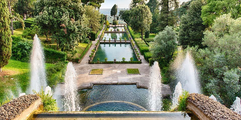 Den meget smukke have Villa d'Este.