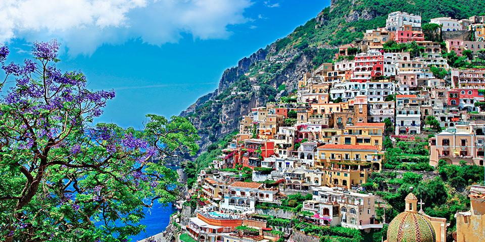Postkortsmukke Positano på Amalfikysten.