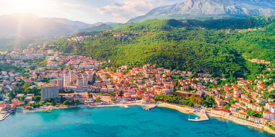 Den skønne ferieby Igalo.