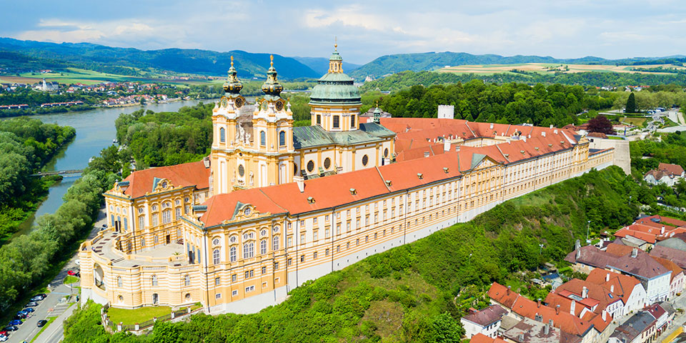 Europas største benediktinerkloster, Stift Melk.