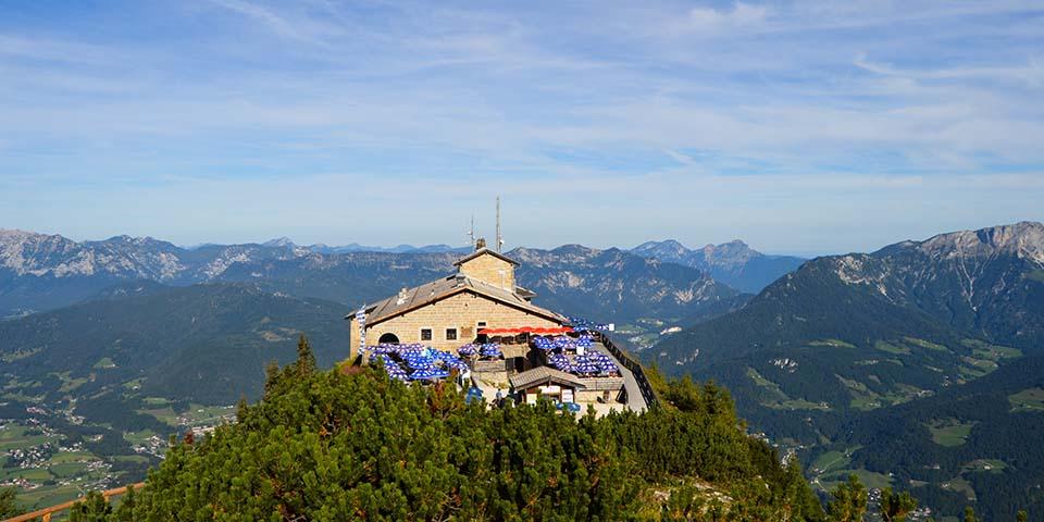 I dag skal vi blandt andet se Ørnereden, Hitlers højt beliggende feriested.