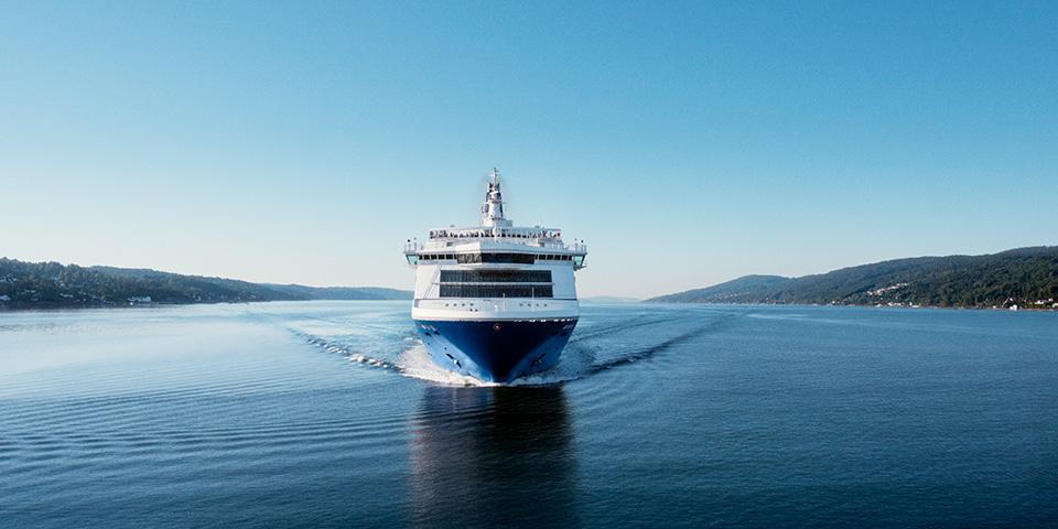 Kursen er sat nordpå med DFDS' Olsobåd.