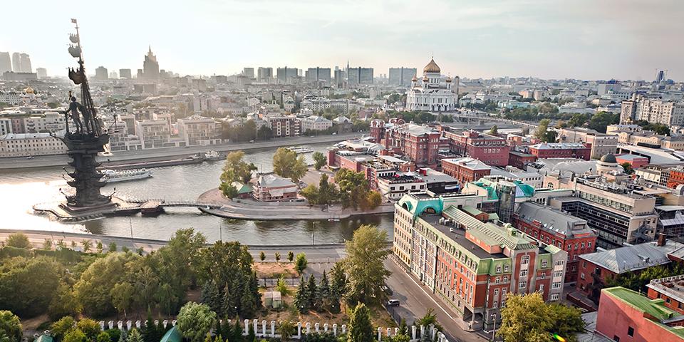 Fra Moskva går det ad Volga-Moskva-kanalen mod nye eventyr.