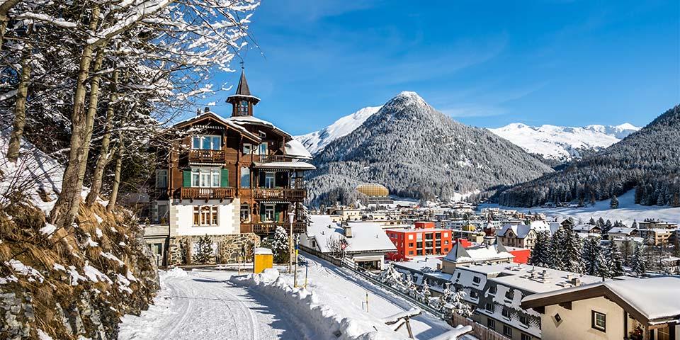 Davos er Europas højest beliggende købstad.