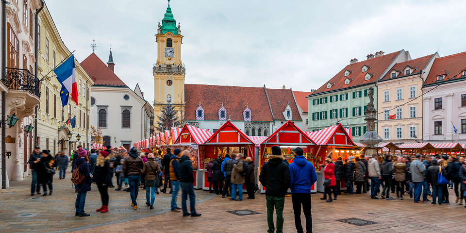 På julemarked i Bratislava.