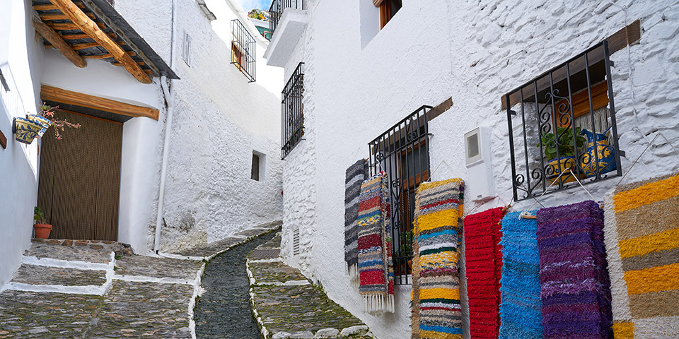 Den lille idylliske bjerglandsby Pampaneira.