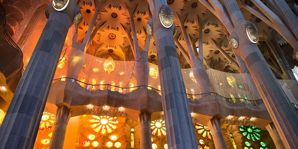 Lyset i La Sagrada Familia er enestående.