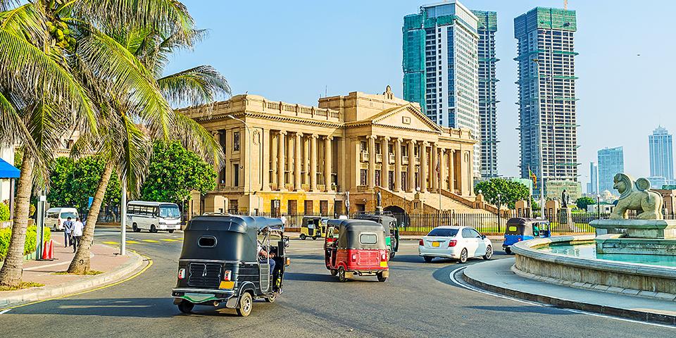 Typisk gadebillede i Colombo.