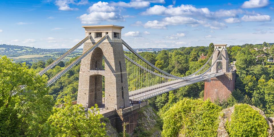 Bristols vartegn, den imponerende hængebro, Clifton Suspension Bridge.