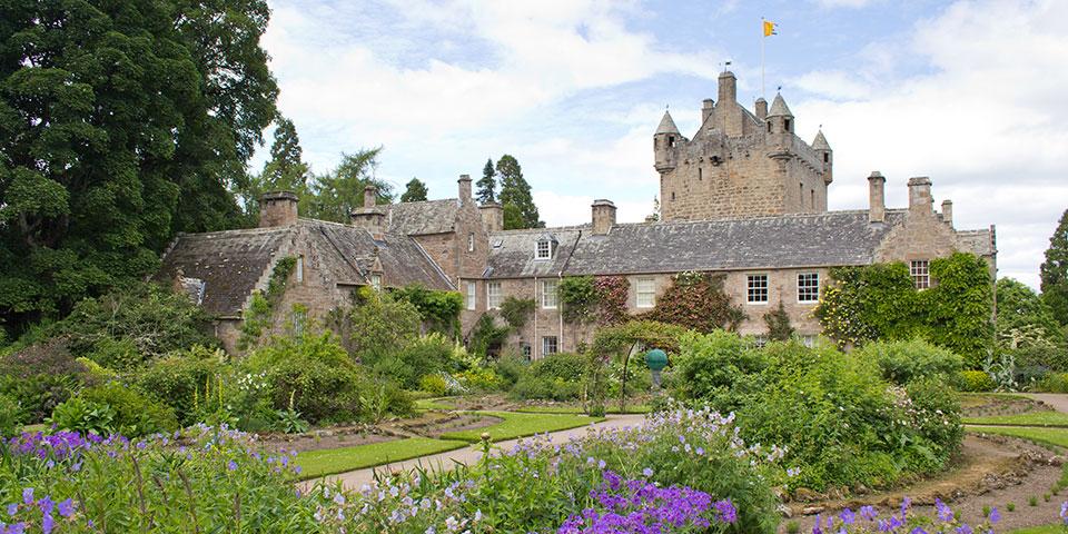 Eventyrslottet Cawdor Castle.